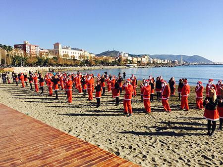 Luci d'Artista, Babbo Natale viene dal mare con altre tante novità a Salerno