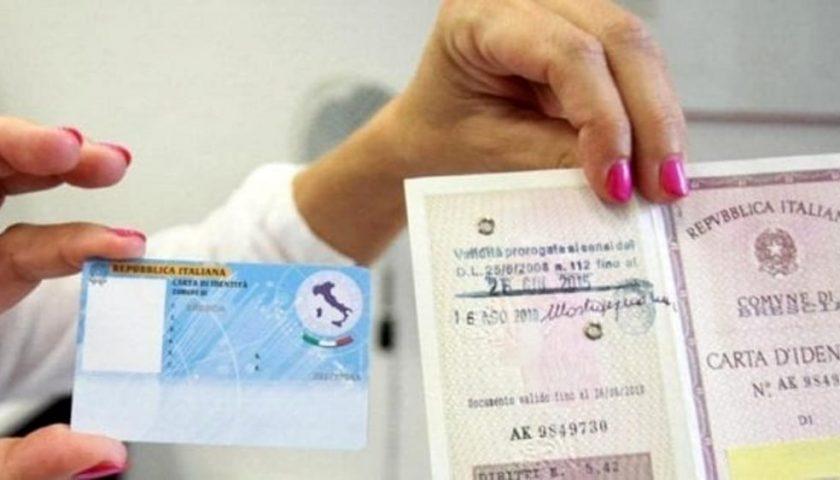 Soldi per rinnovo delle carte di identità spariti, sospeso dipendente dell'Anagrafe di Angri