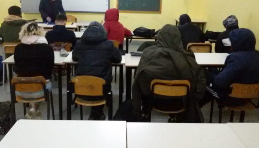 Pontecagnano, alunni di 4 scuole al gelo al ritorno dalla pausa natalizia. Protesta anche il sindaco