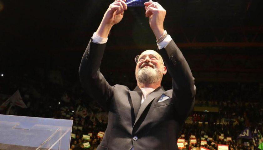 Bonaccini confermato in Emilia, Santelli trionfa in Calabria: il Pd primo partito in tutte e due le regioni
