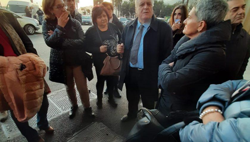 Corisa 2, operai senza stipendi da 9 mesi e slitta l'incontro in Provincia. la protesta