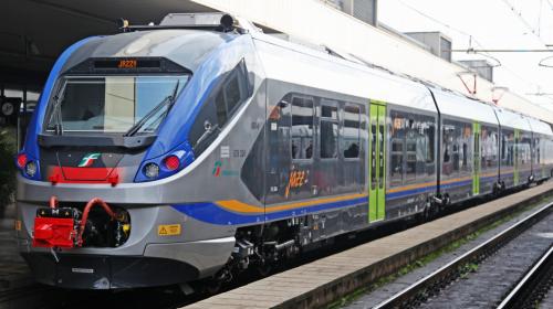Rapina sul treno da Napoli a Salerno, arrestato un 21enne