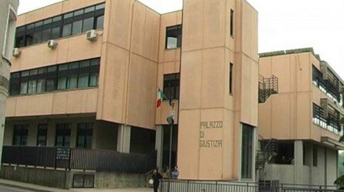 Colpì il padre ipovedente con una roncola: condannato a 4 anni e mezzo di reclusione giovane di Teggiano