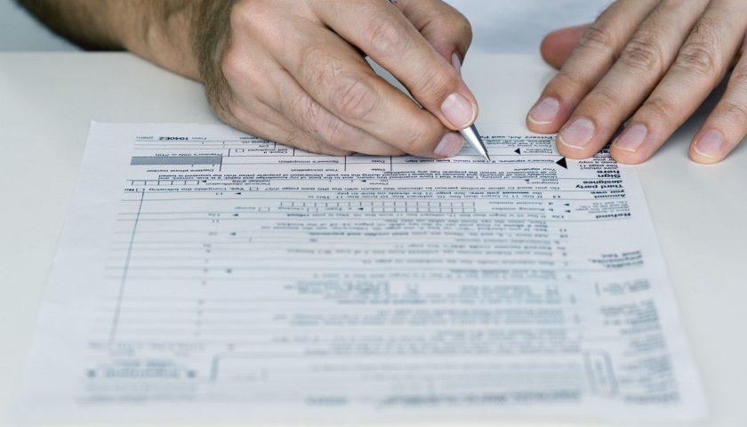 Isee per reddito di cittadinanza e bonus, scattano i controlli sui conti correnti bancari