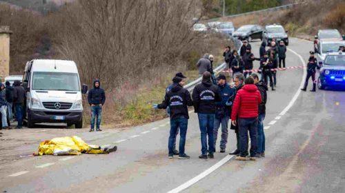 Scontri sulla Basentana con un morto e feriti: arrestati 25 tifosi
