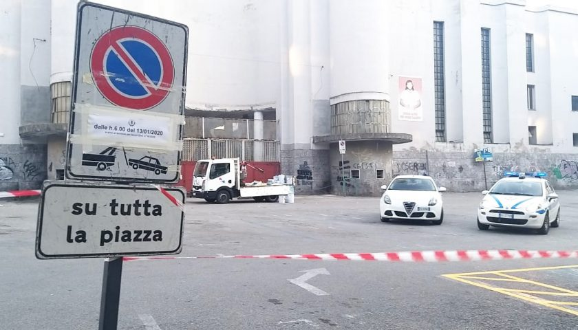 """Il Governatore De Luca rilancia per piazza Casalbore: """"Adesso i parcheggi interrati"""""""