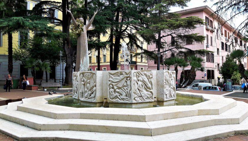 """Vandali e bivacchi in piazza San Francesco, il Comitato scrive al Prefetto: """"Presidio di polizia e telecamere"""""""