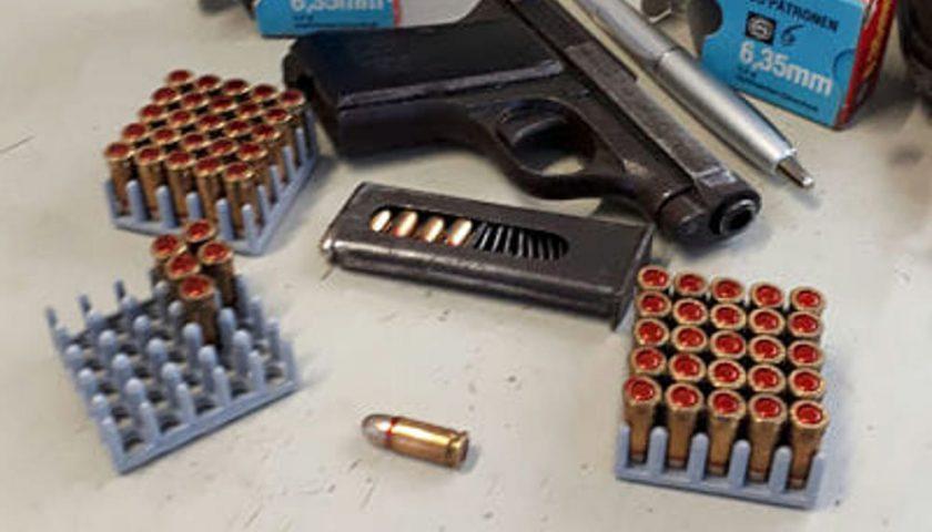 Armi nel capanno e riciclaggio, decisione della Cassazione: 37enne conterà 2 anni e 8 mesi di reclusione