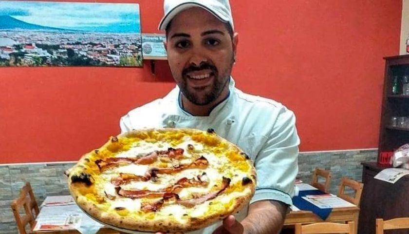 """Rapina in pizzeria a Sarno, bandito in fuga con 600 euro. Il titolare """"Soldi frutto di sacrifici e duro lavoro"""""""