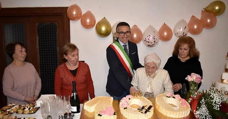 Trentinara, Maria Rosa Marino spegne 100 candeline
