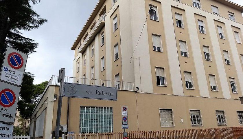Il Comune di Salerno vende immobili e sfratta associazioni e cooperative a Mercatello e Mariconda. Circa 10milioni per il palazzo ex Sirti