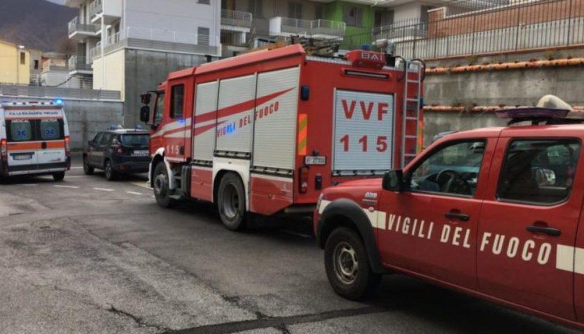 A fuoco un appartamento a Pastena, paura in mattinata