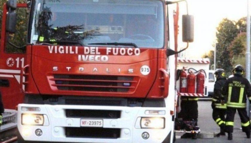 Auto in fiamme a Nocera Superiore, si indaga per scoprire la causa del rogo