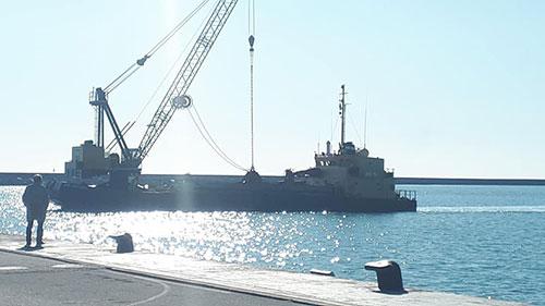 Porto Salerno: arriva maxi-draga belga, al via gli scavi dei fondali