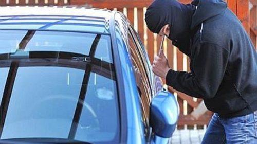 Allarme furti d'auto a Scafati, banditi a caccia di Fiat 500