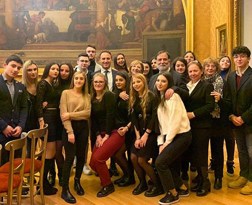 """Gli alunni dello scientifico """"Glorioso"""" di Montecorvino Rovella alla Camera dei Deputati con Piero De Luca"""