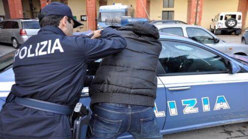 Salerno, spacciava droga a un minorenne: arrestato dalla polizia un giovane di 23 anni