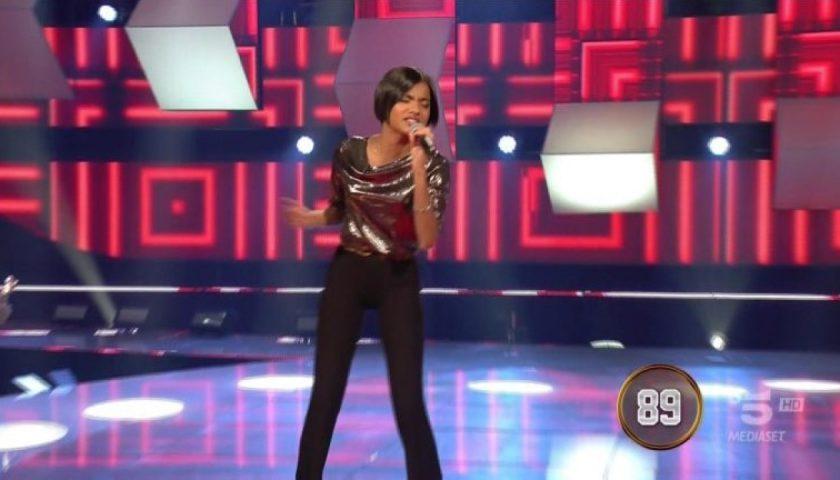 Dal liceo di Scafati a Canale 5, Sevika conquista tutti con la musica di Pino Daniele