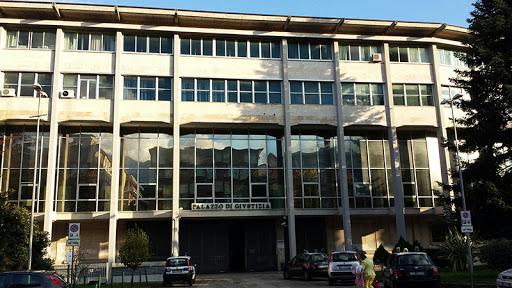 """Mutui per la prima casa, il Tribunale di Avellino intima la banca: """"L'emergenza covid 19 ha provocato mancanza di liquidità, stop alla rata"""""""