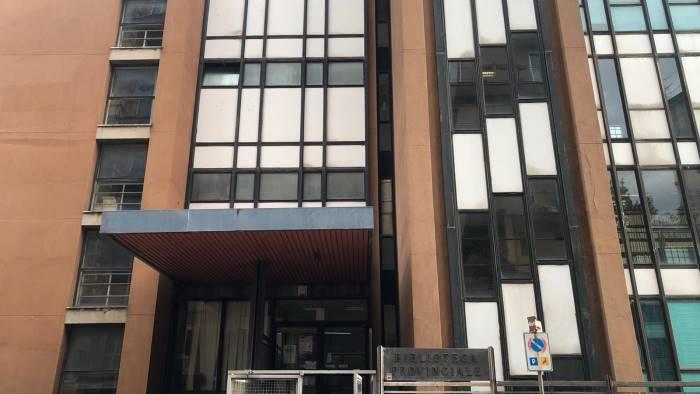 La Biblioteca Provinciale di Salerno a rischio chiusura