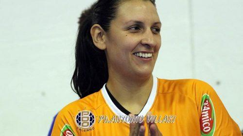 Final4 di Coppa Italia per la Jomi Salerno, la carica di Nadia Bordon e del capitano Pina Napoletano