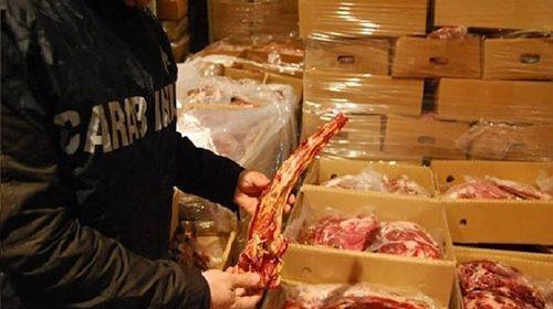 Carne di dubbia provenienza, scatta il sequestro per 150 quintali da parte del Nas