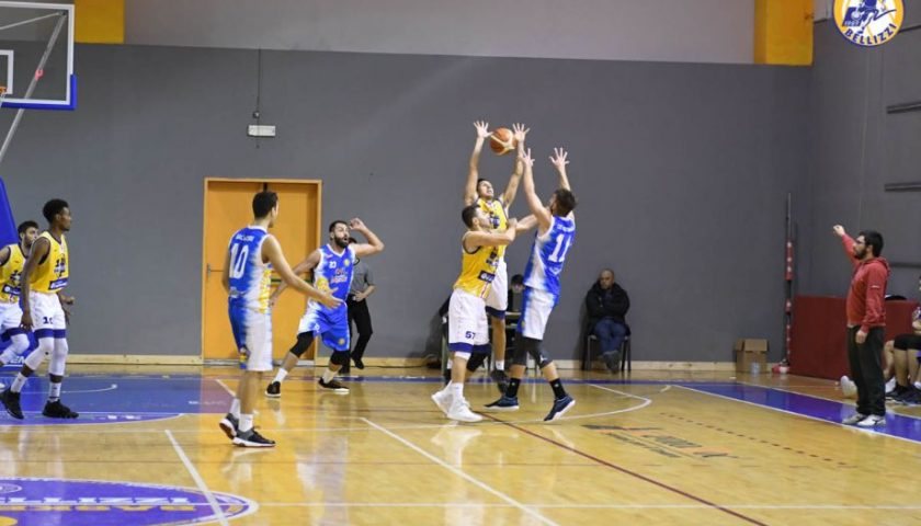 "Basket Bellizzi sconfitto al ""Pala Silvestri"": Salerno vince il derby"