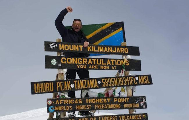 Da Camerota alla vetta del Kilimangiaro. L'avventura del 42enne Alessandro Pironti