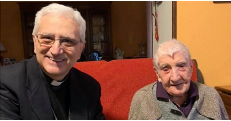 Festeggia 109 anni di vita Rosa De Vita, la nonna che ha vissuto due guerre mondiali