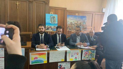 Regionali, Tofalo (M5S) chiude a De Luca e apre alle liste civiche