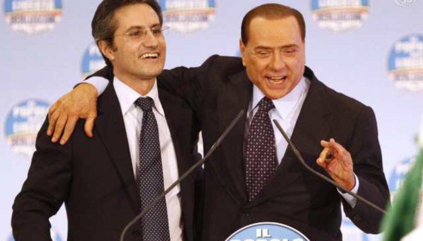 Regionali: Berlusconi lancia Tour Libertà, con Caldoro in Campania