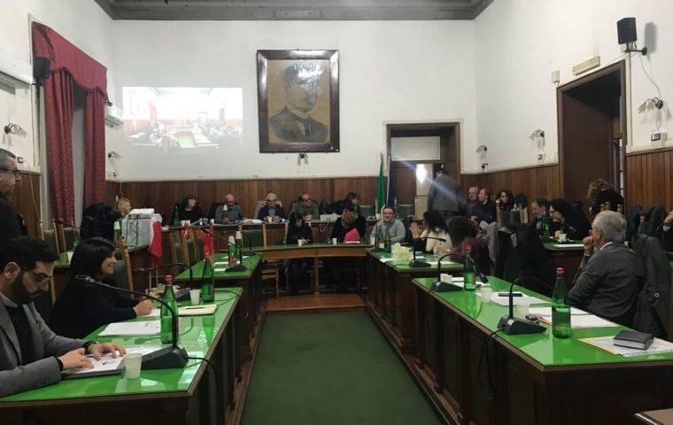 Sarno, scontro in aula a Palazzo San Francesco per la vicenda del Consorzio Farmaceutico