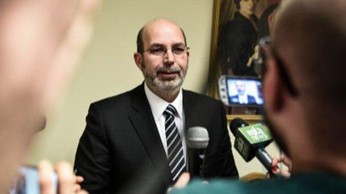 """M5S, il capo politico Crimi: """"Con De Luca candidato noi andremo da soli"""""""
