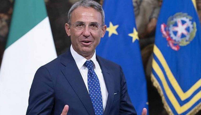"""Fiume Sarno, il ministro Costa: """"Unione Europea pronta a dare fondi, ma servono progetti coerenti"""""""