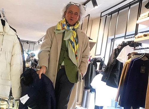 """Quarantena, il consulente di moda Ricciardi: """"Donne, anche in casa non perde mai la vostra femminilità"""" """""""