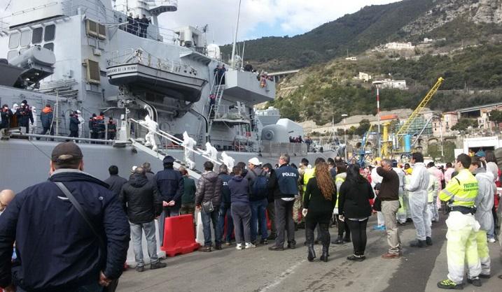 Salerno, scandalo migranti: il capitano dei vigili urbani nei guai