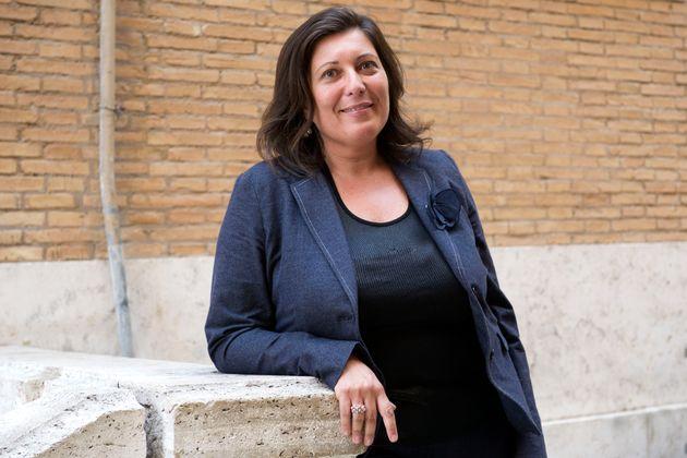 """M5S, Ciarambino: """"Solo in Campania accade che braccio destro del governatore gestisca milioni di soldi pubblici senza titolo"""""""
