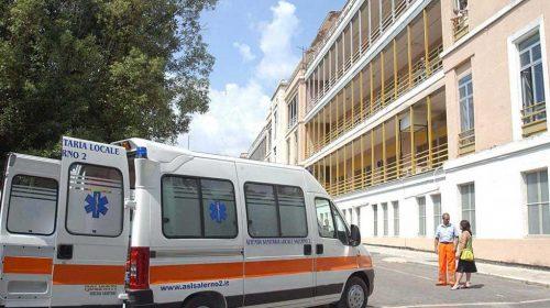 Covid nel Salernitano, restano solo 5 posti letto negli ospedali
