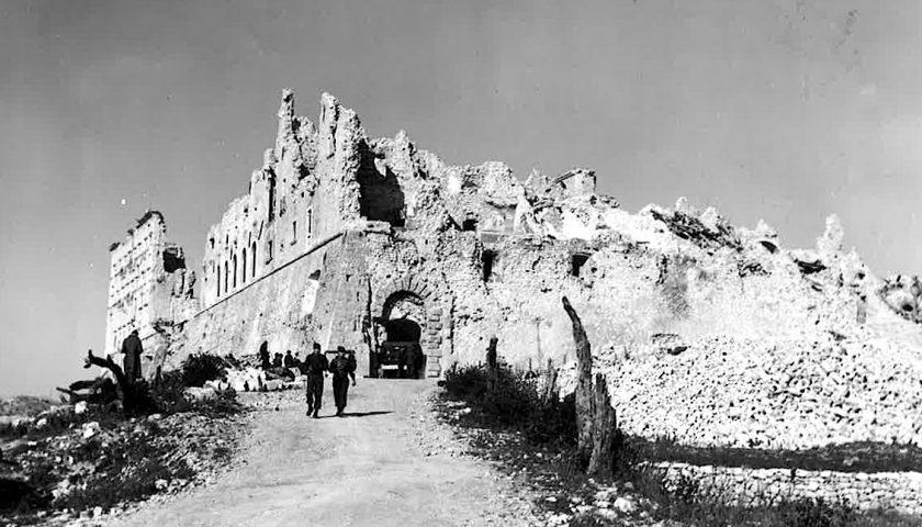 Accadde oggi: il 15 marzo del 1944 gli alleati bombardano Montecassino nel terzo attacco alla città