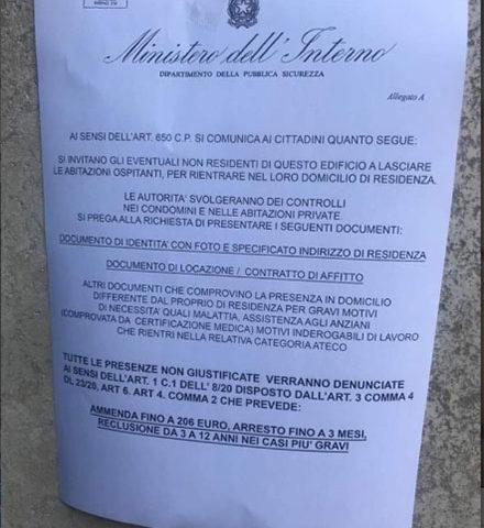 """Avvisi sulla residenza, la Questura di Napoli smentisce: """"È una truffa"""""""