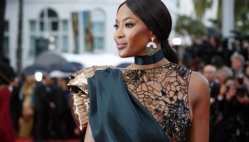 Covid 19, la top model Naomi Campbell posta il video del Governatore De Luca