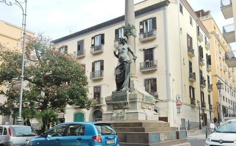 """""""Salviamo la statua della Libertà a Salerno"""", l'iniziativa social dell'architetto Adinolfi"""