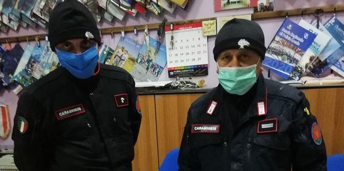 Solidarietà a Roscigno, 100 mascherine per i carabinieri