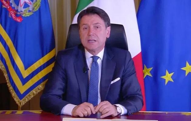 """Il premier Conte: """"Le attività penalizzate saranno indennizzate dal Governo"""""""