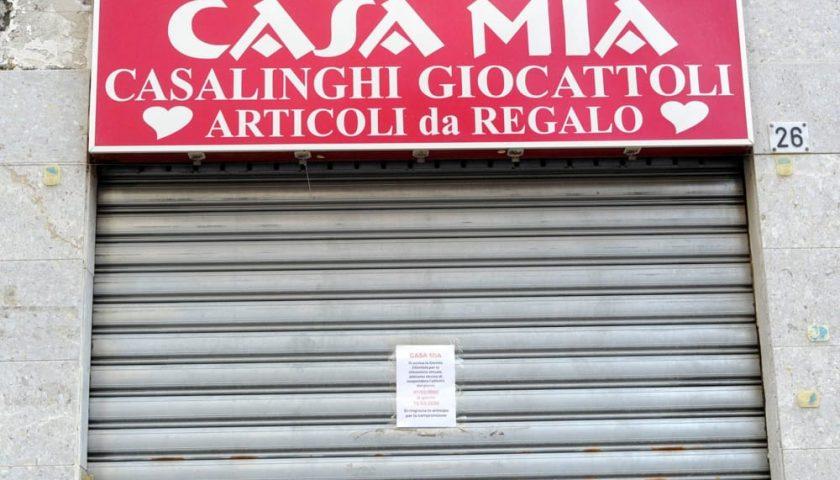 Allerta coronavirus, a Salerno chiudono altri due negozi cinesi