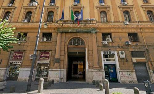Ospedali Covid in Campania, indagata dirigente regionale