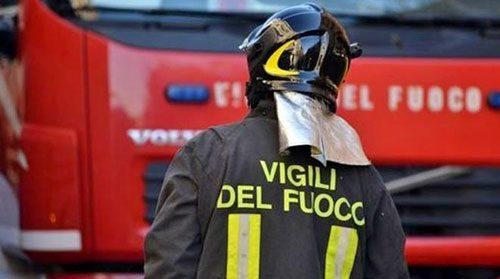 Esplode bombola di gas in via Zanardelli a Nocera Inferiore: paura e nessun ferito
