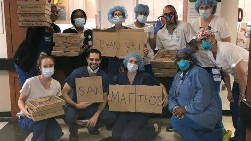 Il San Matteo di New York dei fratelli salernitani Ciro e Fabio Casella regala pizza ai sanitari dell'East Side