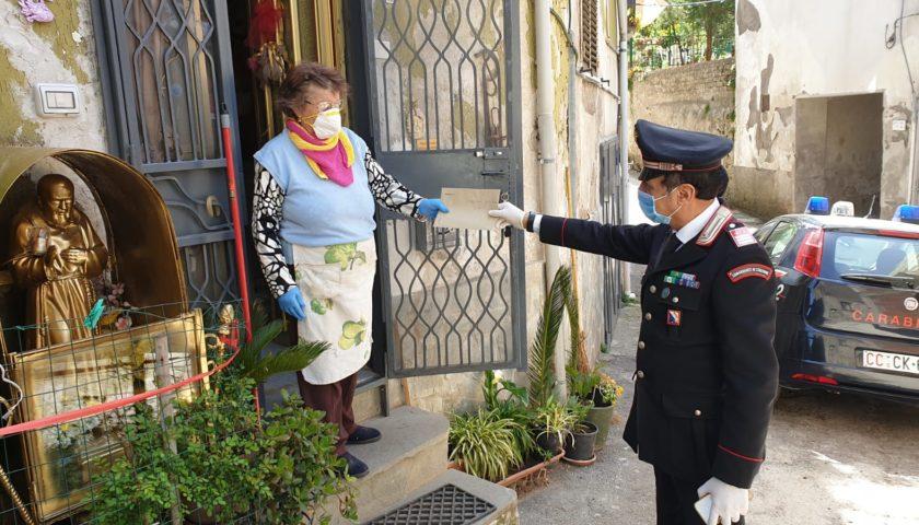 Mercato San Severino, i Carabinieri consegnano la pensione ad anziana signora