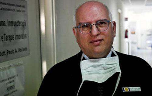 """Il professore Ascierto: """"Il virus non è stato ancora sconfitto ma ora servono test sierologici"""""""